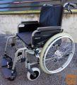 Invalidski voziček, z dodatnima zavorama