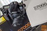 Nikon D7000 + Nikkor 18-55mm VR