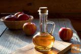 Naravni domač jabolčni kis