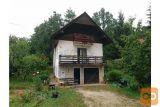 Hiša V Gradežu Pri Turjaku Z 1322 M2 Zemljišča