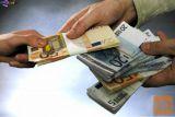 Ponudba posojila denarja med posameznimi resnimi