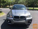 Želim podariti avtomobil BMW X6 od svojega pokojnega sina