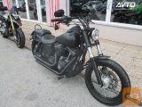 Harley-Davidson DYNA STREET BOB 1590