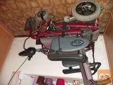 Akomulatorski invalidski voziček