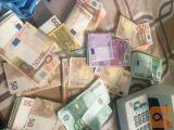 Sem zasebni posojilodajalec Delničar in finančni operater.
